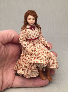 Miniature Porcelain Dollhouse Doll in or by LillisLittles Dollhouse Dolls, Miniature Dolls, Dollhouse Miniatures, Dollhouse Clothing, Barbie Miniatures, Dolls Dolls, Miniature Houses, Newborn Baby Dolls, Baby Girl Dolls