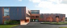 Multipurpose sports hall and secondary school Graeme Mann Patricia Capua