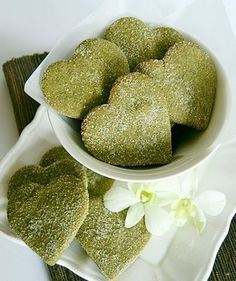 i love matcha green tea, cookies would probably taste good too!