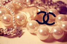 Chanel pearls pearls pearls