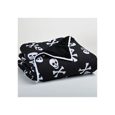 Berkshire Blanket Cozy Plush Throw  Happy Skulls (33 CAD) ❤ liked on Polyvore featuring home, bed & bath, bedding, blankets, plush bedding, skull throw, plush throw, black bedding and berkshire blanket
