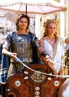 Paris and Helen - Orlando Bloom and Diane Kruger in Troy Orlando Bloom, Brad Pitt, Troy Movie, Helen Of Troy, Style Ancien, Toga Party, Rome Antique, Trojan War, Knight In Shining Armor