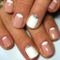Картинки по запросу маникюр на коротких ногтях