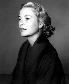 Grace Kelly - Mum I think Grace Kelly has a look of you here. Toz x