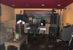 Is this a recording studio? Take a peek inside Robin Thicke's home.