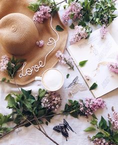 Shared by Shorena Ratiani. Find images and videos about flowers, heart and inspiration on We Heart It - the app to get lost in what you love. Flat Lay Photography, Coffee Photography, Flower Photography, Beauty Photography, Jeanne En Provence, Jewel Candle, Deco Rose, Photo Grid, Spring Aesthetic