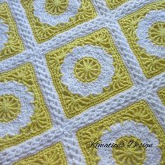I really love this square! It's one of my favorites. I love how the spokes in the center are repeated in the corners to turn the flower into a square. I hope you enjoy crocheting this as much…