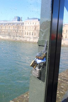 À propos :: Paris-by-mata4