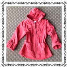 🍃💞HP Coldwater Creek 3/4 Sleeve Hooded Anorak Selected as a Host Pick by the lovely💕@stephamax for the Back To School Party BIG YAY!!! Great cargo style hoodie. Zip front, patch pockets. Roll sleeves with button detail. Laundered but never worn. In perfect condition. Priced to sell. No trades or PP ever. Thanks for looking. Coldwater Creek Jackets & Coats