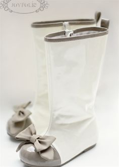 Adorable rain boots - perfect for April showers!