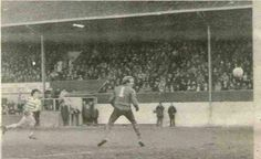 Morton 0 Celtic 3 in February 1981 at Cappielow. Frank McGarvey scores 1 of his 2 goals #SPL