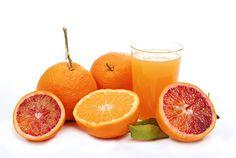 Le arance sono frutti davvero salutari, per questo il succo d'arancia non può che essere alleato del benessere dell'organismo. La spremuta di arancia è perfetta per iniziare la giornata grazie alle sue numerose proprietà benefiche.    Quindi BUONGIORNO a tutti :-D    www.ilpikkio.it  blog.ilpikkio.it
