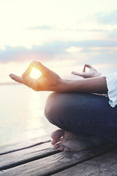 Meditation is a simple practice. Children can do it, as well as adults. You don't have to possess a particular surrounding, cultural upbringing, ethnicity or demographic to benefit from meditation. Add meditation into your daily life with these easy tips. Easy Meditation, Meditation Quotes, Ways To Relieve Stress, Frugal Living Tips, Frugal Tips, Destress, Mom Advice, Change My Life, Self Development