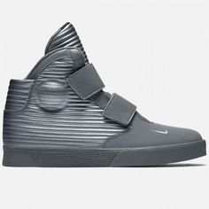 Nike Flystepper 2K3 in Cool Grey/Metallic - Only $29 (Sizes 10.5 11.5 Remain
