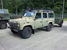 Ready for military. Land Rover Defender 110, Defender 90, Landrover Defender, Off Road Camper Trailer, Camper Trailers, Best 4x4, Cars Land, Off Road Adventure, Cars
