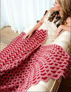 Reversible afghan pattern.  I want to try this one.  Sweet Heart Ripple Crochet Afghan Pattern