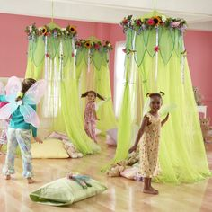 Cute kids room..so cute for a girl's sleep over! Fairies Theme