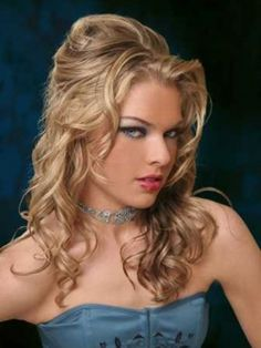 Scene Prom Hairstyles Curly prom hairstyles are celebrity prom hairstyles. Prom hairstyle Black prom hairstyles are not Short cool prom hai. Cute Curly Hairstyles, Half Updo Hairstyles, Wedding Hairstyles For Long Hair, Formal Hairstyles, Teenage Hairstyles, Hairstyle Ideas, Arabic Hairstyles, Wedding Hairdos, Dance Hairstyles