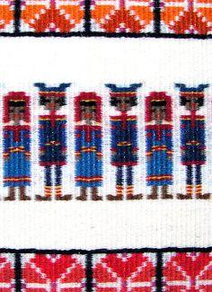 Jordens folk, vävda bilder, textilkonstnär katrin bawah Loom Weaving, Hand Weaving, Weaving Patterns, Weaving Techniques, Textile Art, Knitwear, Knit Crochet, Fiber, Folk
