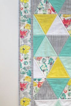 Items similar to Summer Fields - made to order - triangle quilt - baby quilt - mint, turquoise, coral, and white on Etsy Quilt Baby, Baby Quilt Patterns, Quilt Bedding, Hand Quilting, Machine Quilting, Modern Quilting Designs, Geometric Designs, Geometric Shapes, Quilting Projects
