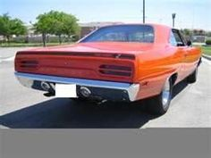 1970 plymouth roadrunner - My husband had this car, and we had so much fun in his car club!