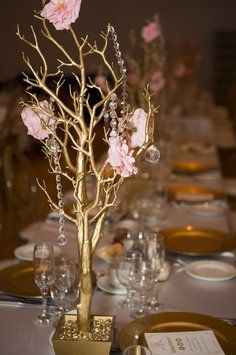 30 Gold Manzanita Tree Centerpieces (in Pot) With Crystals & Flowers