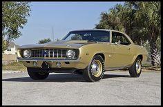 1969 Chevrolet COPO Camaro 427/425 HP, 4-Speed, 1 of 1 Color Combination