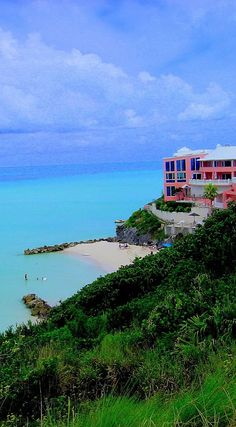 Bermuda - a great cruise destination.  http://luxurytravelboutique.cruiseholidays.com/ Toronto River Cruise Travel Agency Call Lola Stoker 905-602-6566  855-602-656  Cruise Holidays | Luxury Travel Boutique