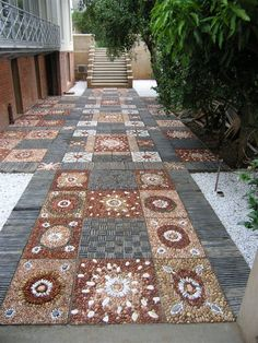 Pebble mosaic garden floor at Durban, South Africa. By Jane du Rand…