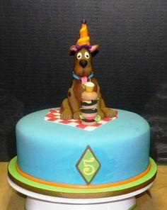 Scooby-Do Birthday Cake Strawberry Cake with Fresh Strawberry Filling & Mexican Vanilla BC   Follow on FB www.facebook.com/sweetsbymonica