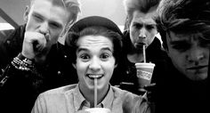 Find images and videos about the vamps, james mcvey and connor ball on We Heart It - the app to get lost in what you love. Tristan The Vamps, James The Vamps, Bradley The Vamps, Will Simpson, Brad Simpson, Evan And Connor, Somebody To You, British Boys, Cute Faces