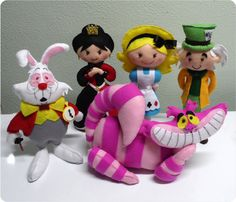 Disney-style Alice in Wonderland Set by Nina E. Mone ||| doll, plush, felt, fabric, play, Queen of Hearts, Mad Hatter, White Rabbit, Cheshire Cat