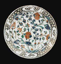 An Iznik polychrome pottery dish, Turkey, Circa 1570-1580   Lot   Sotheby's
