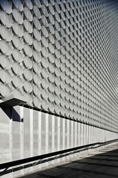 design hub @ rmit | facade detail ~ sean godsell | peddle thorp architects