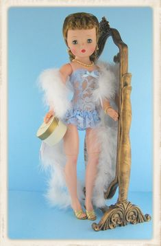 ImageShack - karyn.shaffnerf's Images Crissy Doll, Blue Corset, Glamour Dolls, Valley Of The Dolls, Madame Alexander Dolls, American Girl Clothes, Pretty Dolls, Dollhouse Dolls, Best Friend Gifts