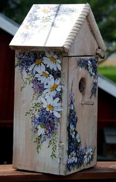 Hand Painted Bird House with shelf - SOLD - Crafts - Vogelhaus Painted Wooden Boxes, Bird Houses Painted, Decorative Bird Houses, Bird Houses Diy, Hand Painted, Painted Birdhouses, House Painting, Diy Painting, Painting On Wood
