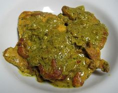 Green Chicken... looks a little gross but it's Thai inspired and Dukan friendly