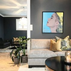 @villafloris Sofa, Couch, Malta, Love Seat, Flat Screen, Furniture, Home Decor, Blood Plasma, Homemade Home Decor
