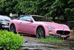 Maserati GranCabrio.  Pink!