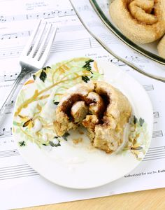 Healthy cinnamon rolls from foodie fiasco