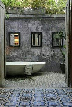 Bathroom | Restroom | Salle de Bain | お手洗い | Cuarto de Baño | Bagno | Bath | Shower | Sink | #CPHart50shades