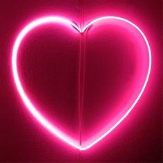 Neon Heart  #inspiration #heart #vday #xoxo