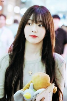 """Chocolate 🐰 on Twitter: """"190729 ICN 🥰 #아이린 #IRENE #레드벨벳… """" Beautiful Inside And Out, Beautiful Soul, South Korean Girls, Korean Girl Groups, Park Sooyoung, Snsd, Kim Yerim, Red Velvet Irene, Girl Bands"""