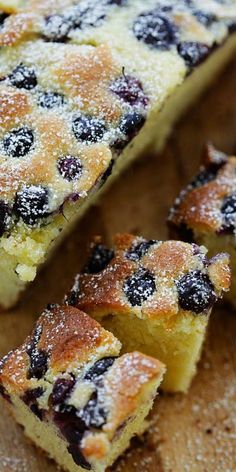 Blueberry cake recipes - Blueberry Butter cake the best butter cake ever, topped with loads of fresh blueberries This cake is dense, sweet and buttery Failproof recipe that anyone can bake at home rasamalaysia com Blueberry Desserts, Blueberry Cake, Just Desserts, Delicious Desserts, Blueberry Cobbler, Healthy Desserts, Healthy Recipes, Baking Recipes, Cake Recipes
