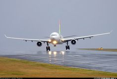 An airbus in a nasty crosswind in the rain! This is a landing the pilot really earns their wings on.
