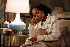17 Halloween Costumes You Can Rock With Your Coat Olivia Pope Break out your white coats, gladiators; it doesn't take much more than a sleek topper to get this costume handled.