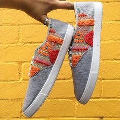 Sommer 2019 Outfit Mode für Damen: Finished and sent off these custom hand embroidered sneakers this week! Diy Fashion, Fashion Shoes, Embroidered Clothes, Shoe Art, Painted Shoes, Diy Embroidery, Custom Shoes, Shoe Collection, Diy Clothes