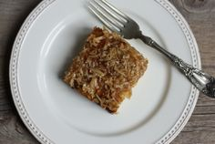 old-fashioned Lazy Daisy Cake recipe: simple white cake with broiled brown sugar/coconut topping | writes4food.com
