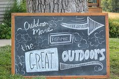 Outside movie night yard ideas Outdoor Movie Birthday, Outdoor Movie Party, Outdoor Parties, Backyard Parties, Backyard Movie Nights, Outdoor Movie Nights, 17th Birthday Party Ideas, 16th Birthday, Dive In Movie