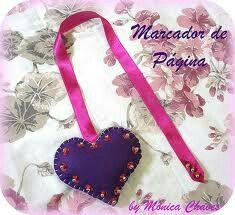 Marcador Coração com laços e piçangas